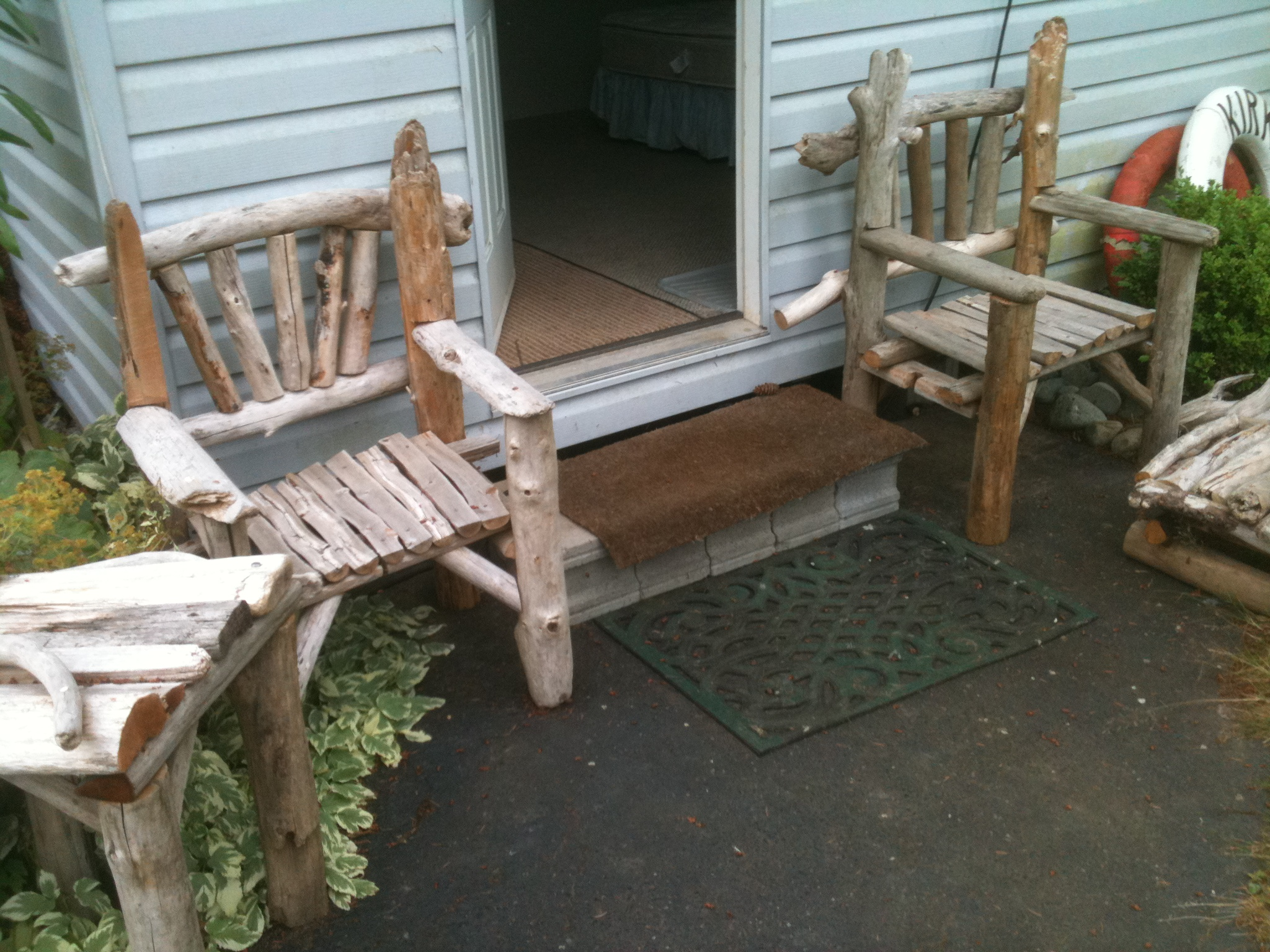 Mikes Driftwood Driftwood Furniture and Bird Feeders